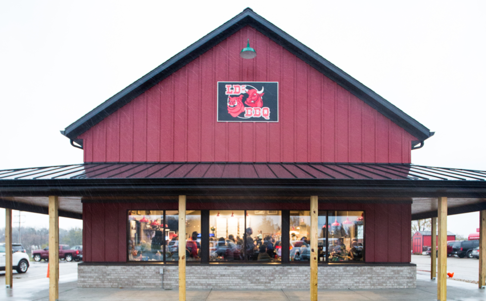 LD's BBQ opens in East Troy